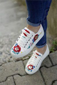 spor ayakkabı satın alma, spor ayakkabı alırken nelere dikkat edilmeli, spor ayakkabıda neler önemli